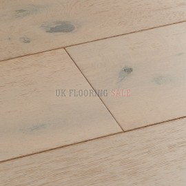 Woodpecker Chepstow Vanilla Oak